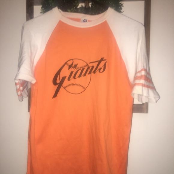 womens giants shirt